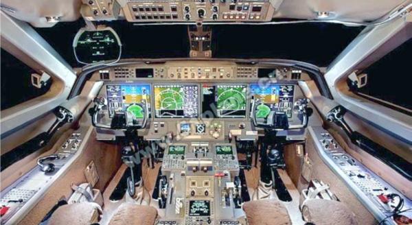G450 Flight Deck.emf