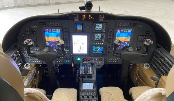 Cj2+ 493 Flight Deck